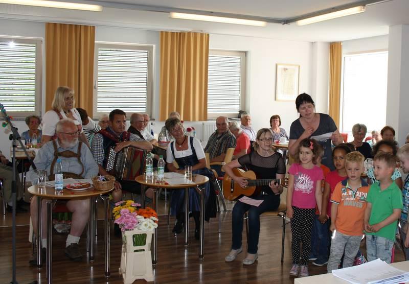 Senioren Feierten Mutter Und Vatertag Stadt Burglengenfeld